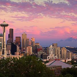Seattle Kerry Park by Zhouen Dong - City,  Street & Park  Skylines ( keery park, seattle skyline, seattle, seattle sunset, kerry park )