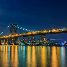 manhattas bridge  by Roman Gomez - City,  Street & Park  Skylines ( www.roman-photography.com )