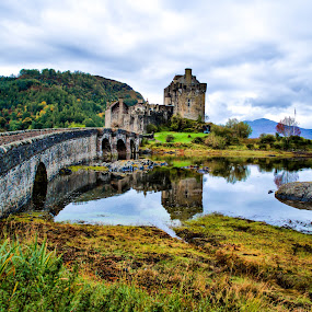 Eilean Donan Castle @ Scotland by Kyen Ang - Buildings & Architecture Public & Historical