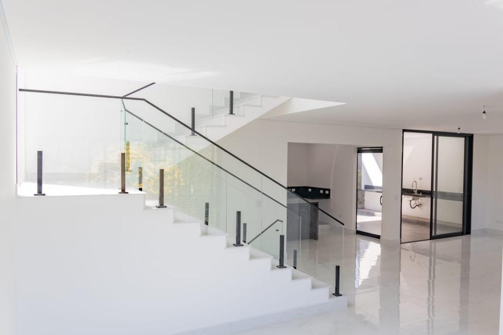 Casa com 3 dormitórios à venda, 260 m² - New Ville - Santana de Parnaíba/SP