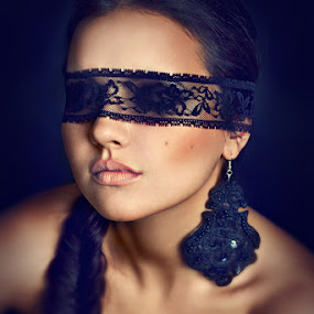 Blinde by Ina Pandora - People Fashion ( girl, woman, lady, blind, portrait )