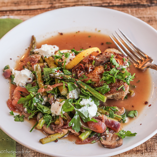 ... Chicken with Asparagus, Mushrooms and Goat Cheese Recipe | Yummly