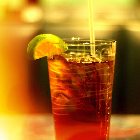 iced tea by CRISTINA  CASTRO - Food & Drink Alcohol & Drinks ( drink, iced tea, cold drink, tea, lemon )