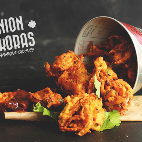 Onion Pakoras with Tamarind Chutney!