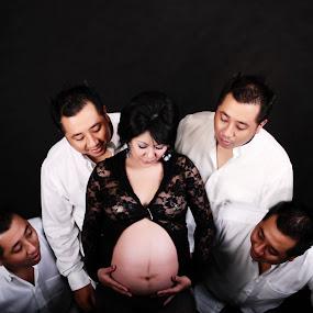Multiply by Joni Irwanto - People Maternity ( maternity, indonesia, art, portrait )