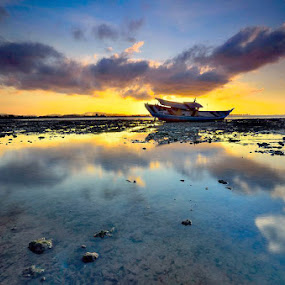 ::. bayang .:: by Ahmad Zulharmin Fariza - Transportation Boats ( nature, transportations, travel, landscape )