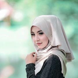 by Hafiz  Ayob - People Fashion