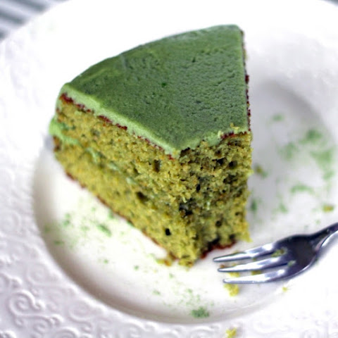 Healthy Matcha Green Tea Cake with Matcha Frosting