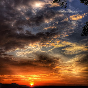 Sunset in the Hudson by Rob King - Landscapes Sunsets & Sunrises ( orange, sunset, beauty, new york, hudson, river )