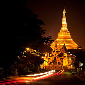Shwedagon at night by Tin Htoo Khaing - Landscapes Travel ( buddhism, myanmar, pagoda, yangon, shwedagon )