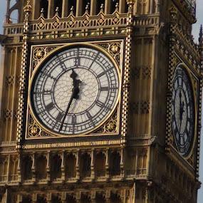 Big Ben by Leelamohan Anantharaju - Buildings & Architecture Public & Historical ( big ben, elizabeth toweer, london, westminster palace, tourism )