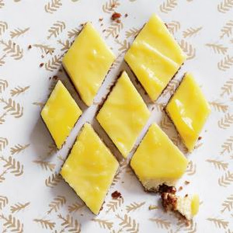 Lemon Cheesecake Bars with Gingersnap Crust
