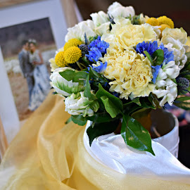 Special memories by Elaine Maskell - Novices Only Flowers & Plants ( fresh, wedding, billy buttons, organza, florist )