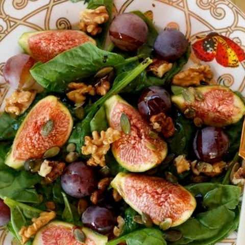 Fig, Grape and Spinach Salad