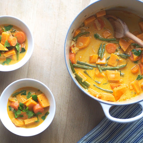 Yellow Curry With Sweet Potato, Carrots And Green Beans