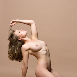 © Rampix Photography by Visit Www.rampix.co.uk - Nudes & Boudoir Artistic Nude ( nude, rampix photography, boudoir, implied, rosa brighid, @rampix_mk, saracen, #rampix )