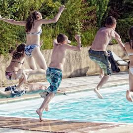 Pool of Joy by Michel Lorente - Babies & Children Children Candids ( KidsOfSummer )