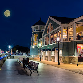 Full Moon in Alexandria, Virginia by Benjamin Tucker - Buildings & Architecture Other Exteriors ( night photography, old town, nikon d810, virginia, alexandria )