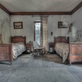 Where is the love ? by Tim Verbeeck - Buildings & Architecture Decaying & Abandoned ( ubex, old, hdr, sleeproom, belgium, forgotten, manoir, abandoned )