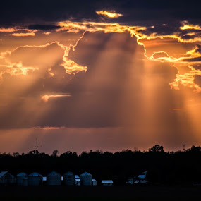 Hope  by Angela Taylor - Landscapes Sunsets & Sunrises ( clouds, indiana, sunset, beautiful, sunrays, farm country, hope,  )
