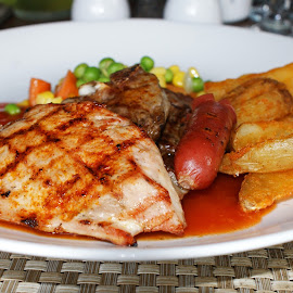 Chicken Steak by Mulawardi Sutanto - Food & Drink Meats & Cheeses ( chicken, steak, indonesia, food, bandung )