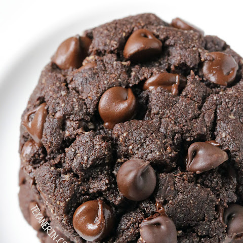Perfect Paleo Double Chocolate Cookies (grain-free, gluten-free, dairy-free)