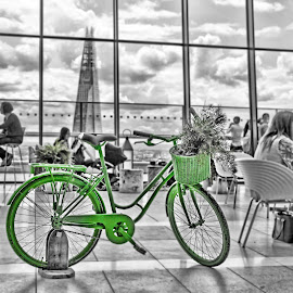 The green bike by Alexandre Rios - Digital Art Things ( photooftheday, picoftheday, green, bestoftheday, green bike, restaurant, black and white, skygarden, people, photography, bike, object )