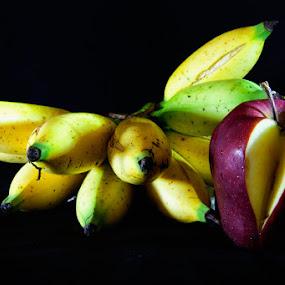 banana and apel by Rachmat Sandiko - Food & Drink Fruits & Vegetables