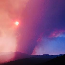 Fire-nado by Sherry Gardner - Instagram & Mobile iPhone ( #shastastrong #thisisredding #cal_fire #carrfire )