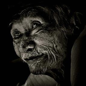 Optimis by Ändreas Bagio - People Portraits of Men