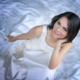 Sweet Temptation by Chandra Irahadi - Wedding Bride