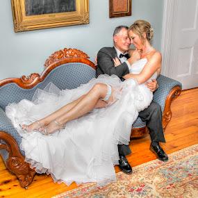 by Guy Longtin - Wedding Bride & Groom (  )