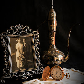 Time Past by LINDA HALLAUER - Artistic Objects Still Life (  )
