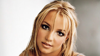 6853096-britney-spears