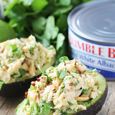 Healthy Thai Tuna Stuffed Avocado