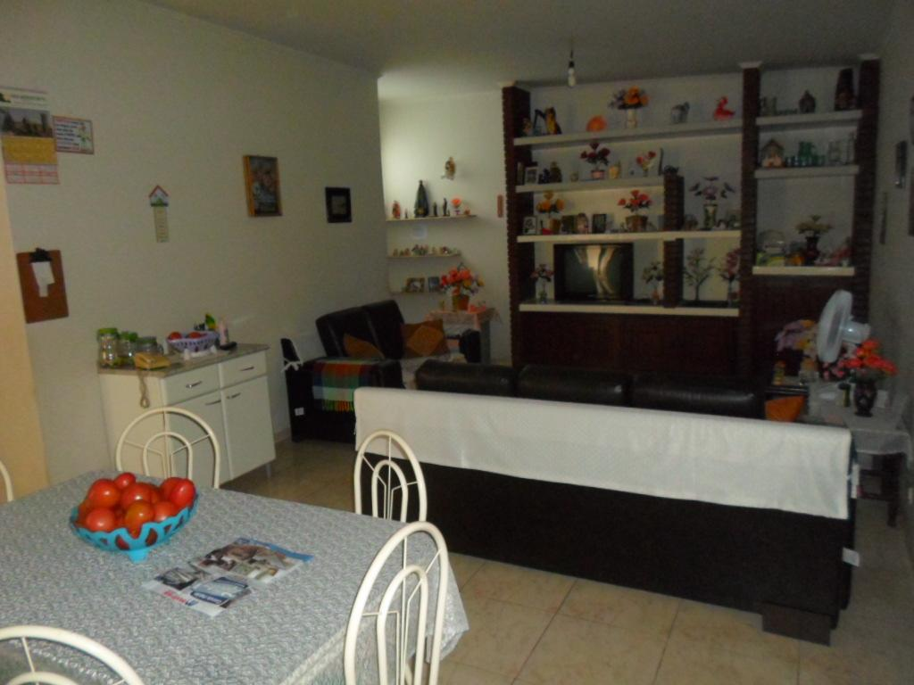 Carpe Diem Imóveis - Casa 3 Dorm, Vila Brasil - Foto 2