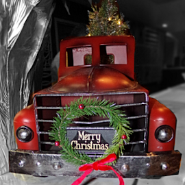 Merry Christmas Truck  by Cheryl Beaudoin - Artistic Objects Other Objects ( red, merry, decoration, truck, green, christmas, wreath,  )