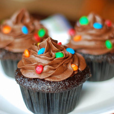 Hershey's Perfectly Chocolate Cupcakes