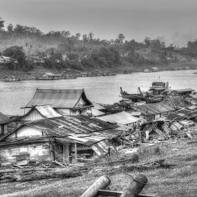 Lanting sepanjang sungai Barito by Handy Nordy Fariza - Buildings & Architecture Other Exteriors ( tapatak, lanting, dipantai, barito, rumah )