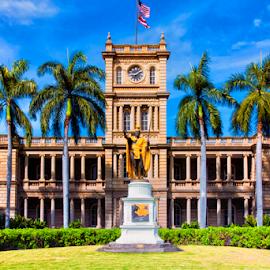 Kamehameha Statue - Old Judiciary Building in Honolulu by Bill Tiepelman - Buildings & Architecture Architectural Detail ( statue, building, vacation, kamehameha, palm trees, honolulu, oahu, historic, hawaii )