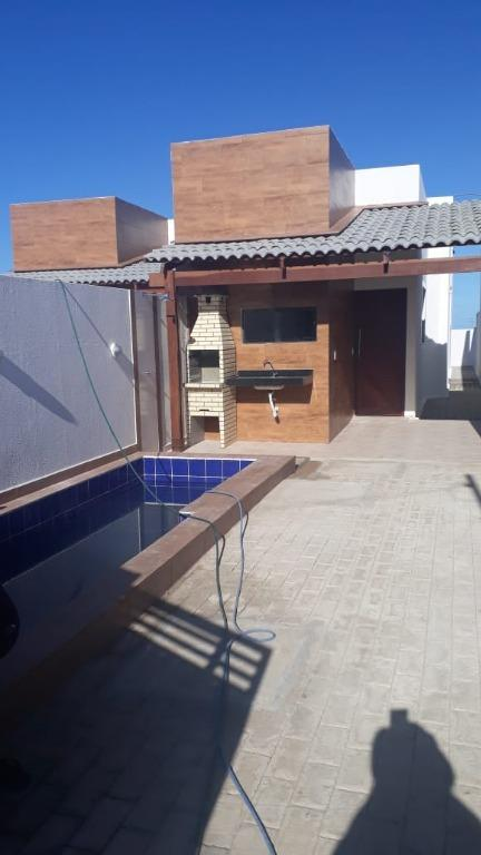 Casas com piscina e vista Nascente  para o mar!