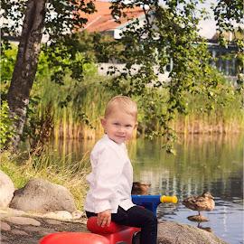 Anton by Inna Fangel - Babies & Children Child Portraits ( water, happy, kids, smile, boy, eyes, kid )