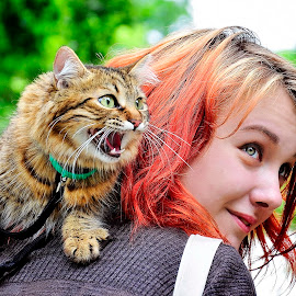 Girl With Cat by Gabriel Tocu - People Street & Candids ( girl with cat, cat, girl, candids, candid, people, street photography )