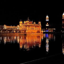 Golden Temple by Sanjeev Kumar - Buildings & Architecture Public & Historical