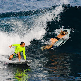 Hoi....stand up.... by Bernard Tjandra - Sports & Fitness Surfing