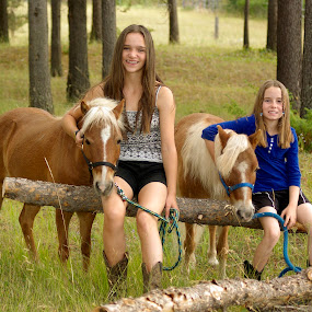 Group photo by Giselle Pierce - Babies & Children Children Candids ( miniature horse, girls, little girl, friends, horses, logs, portrait )