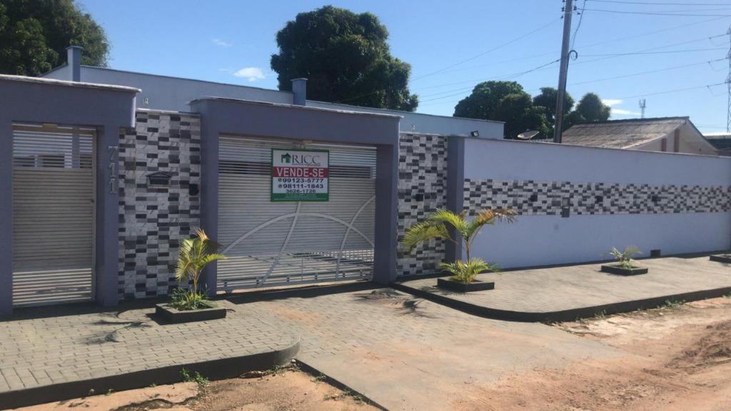 Casa com 3 dormitórios à venda, 221 m² por R$ 380.000,00 - Caranã - Boa Vista/RR