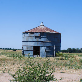 In the field  by Jeff Brown - Buildings & Architecture Decaying & Abandoned ( feiled, buldings, architecture, decaying, abandoned )