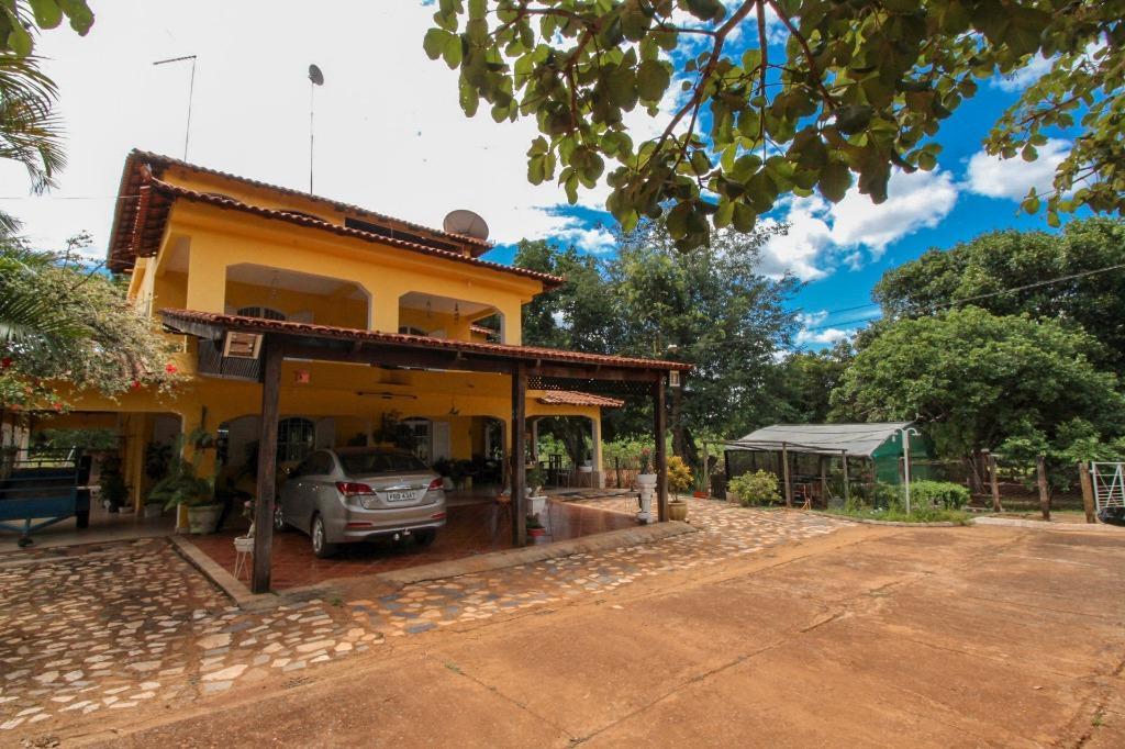 Chácara | Quintas com quartos para Alugar, 900 m²