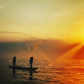 Sunrise Fishing-Net  by Alda Waddell - Uncategorized All Uncategorized ( vietnam hoian )